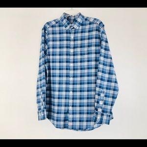 Vineyard Vines medium  classic  button up shirt